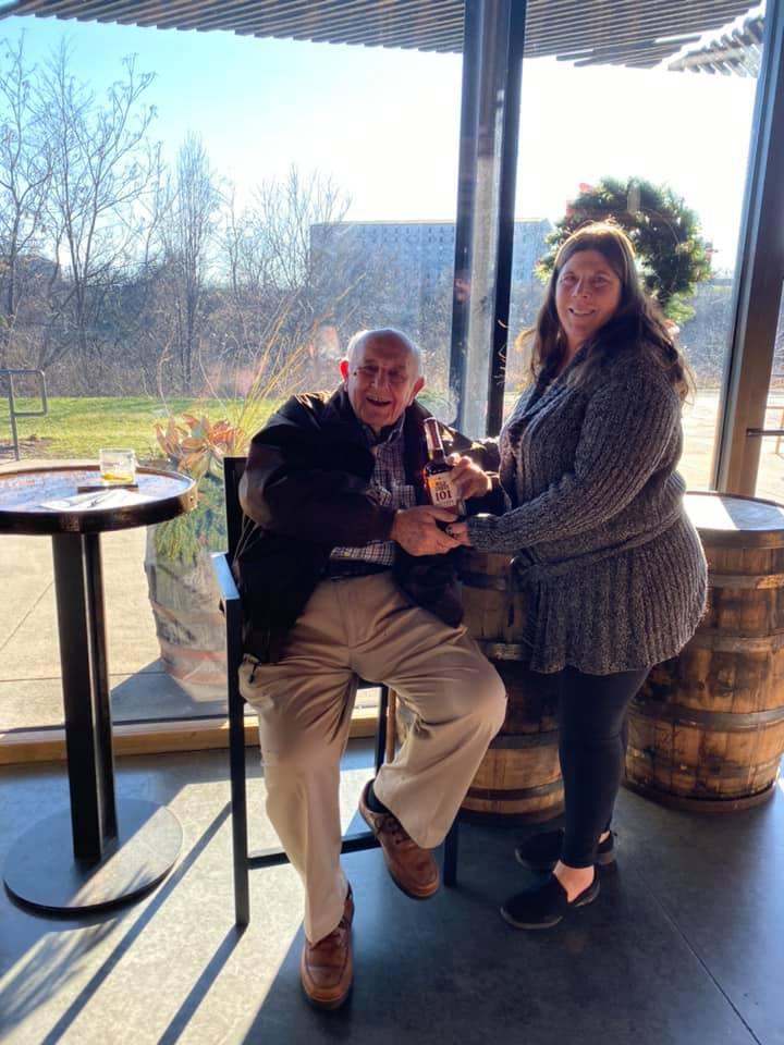 Legendary Wild Turkey Master Distiller Jimmy Russell & tourkentuckybourbon.com